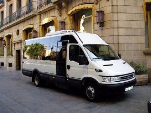 minibus transfer 2 .jpg
