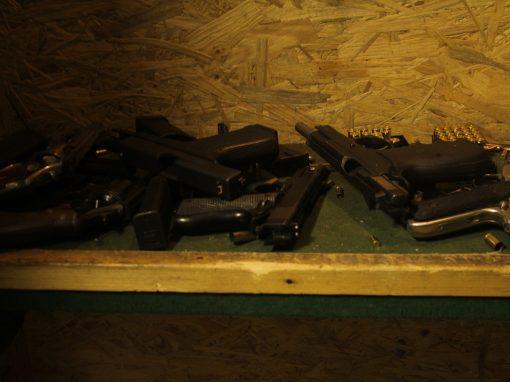 guns shooting.jpg