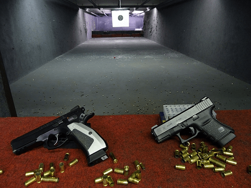 Prague Pistol Shooting Experience –  44 Bullets