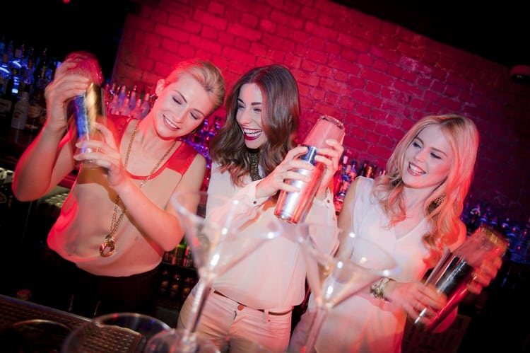 Top 7 Hen Do Drinking Games Ideas For a Great Night Party