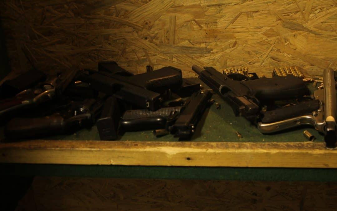 Guns 'N' Stuff