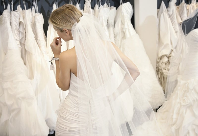 Dos and Don'ts of Picking out the Perfect Wedding Dress