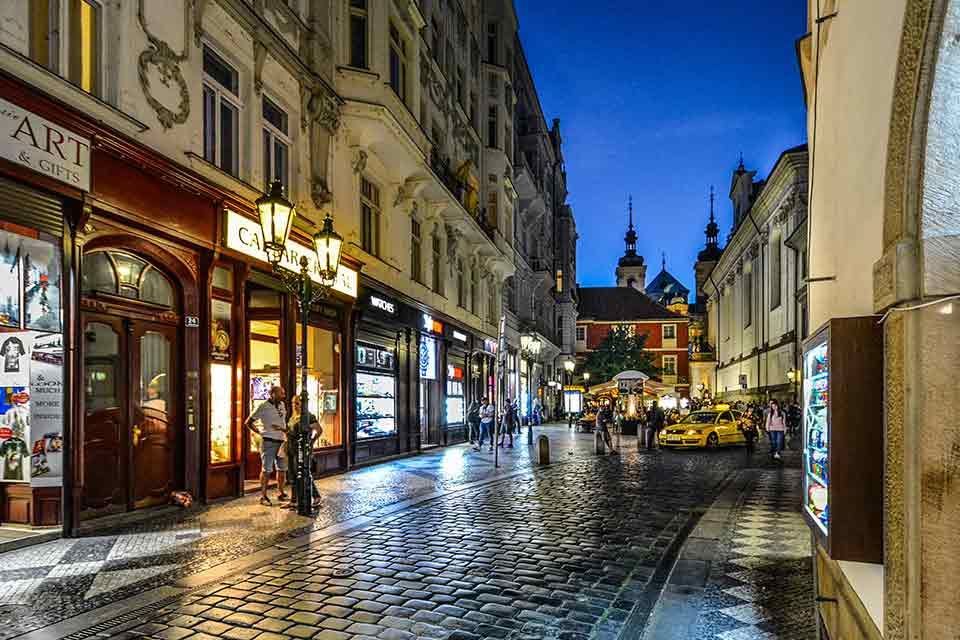 10 Must Read Tips Before your trip to Prague